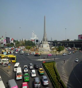 Traffic jams are one of the 5 reasons why you should avoid Bangkok during daytime.