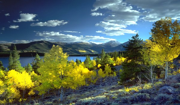 Scenic landscapes during a Breckenridge outdoor vacation